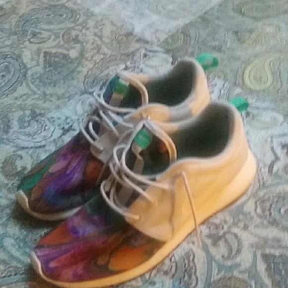 Nike Shoes - Mens Nikes